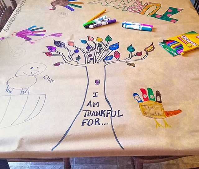 Keep Kids From Being Bored By Creating A Thanksgiving Tablecloth Provide Them With Some Of