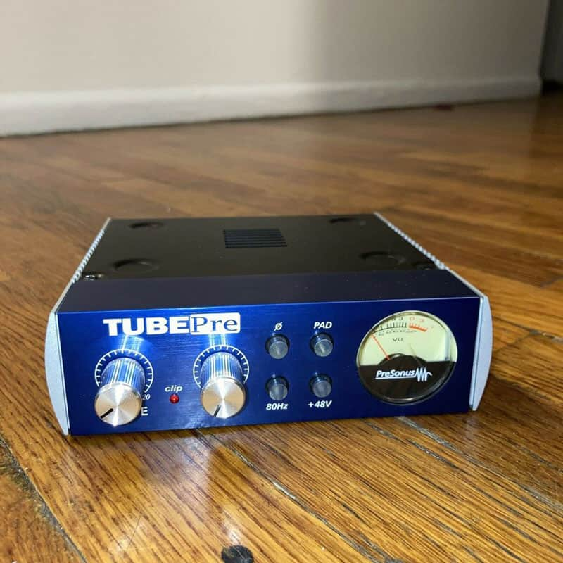 Do I Need a Mic Preamp if I Have an Audio Interface? (Answered) 8