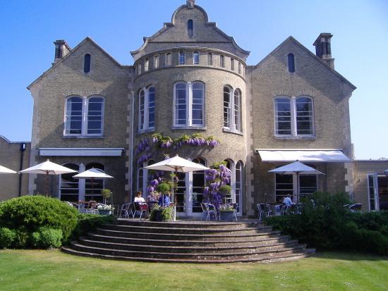 Cambridge-Hotel-Felix