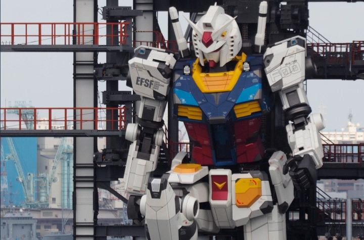 Fan Posts Video of Life-Sized Moving RX-78-2 Gundam