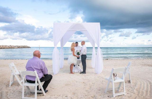 Christie Juan Now Jade Riviera Maya Wedding 22 1024x671 - Que comprennent les forfaits Elopement de Playa del Carmen?