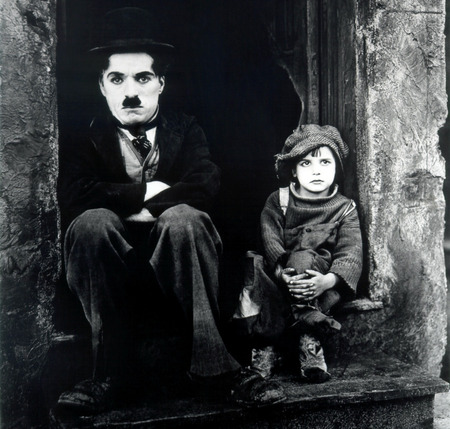 """Charlie Chaplin in the """"The Kid"""""""
