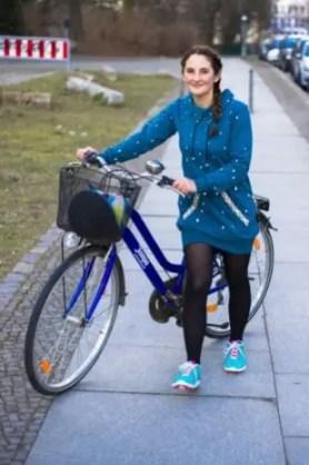 Pullover mit Reflektoren zum sicheren Fahrrad fahren