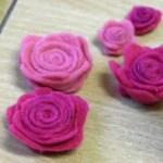 DIY Anleitung – Rosen aus Filz basteln