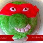 Farbenfroher Turtle-Marshmallow-Kuchen