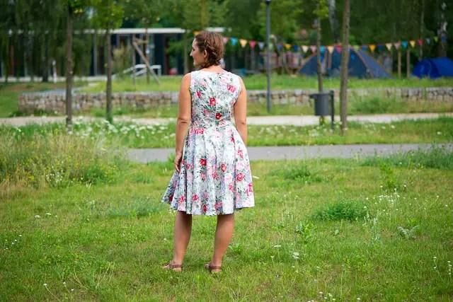 Sommerkleid mit Tulpenrock