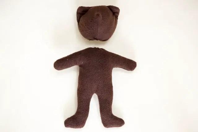 Teddybär nähen - Körper und Kopf mit Füllwatte