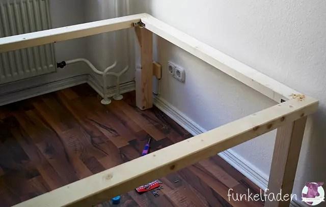 ein einfaches bett aus holz selber bauen anleitungen do it yourself bett bauen diy. Black Bedroom Furniture Sets. Home Design Ideas