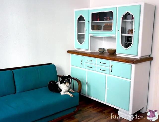Vintage Küchenschrank neu anmalen