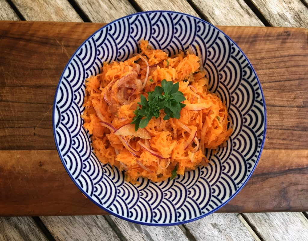 Möhrensalat mit Cumin und Orangensaft