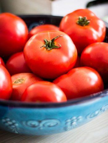 Tomaten in einer Schale