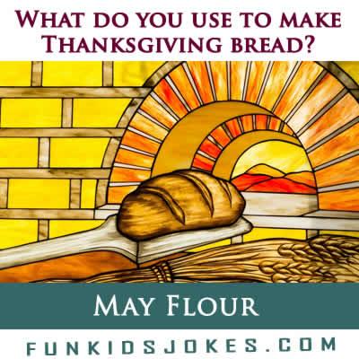 Thanksgiving Bread Joke Meme