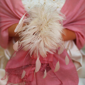 A pink feather bouquet creation... just one of the many bouquet alternatives featured in my post.