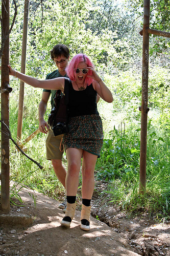 Hiking in heels in search of the old LA Zoo with Offbeat Frontier.