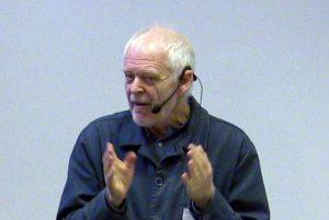 Thomas Hammarberg föreläser vid sommarskolan
