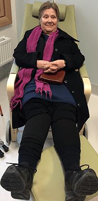 Lena Ringstedt i en vilstol.