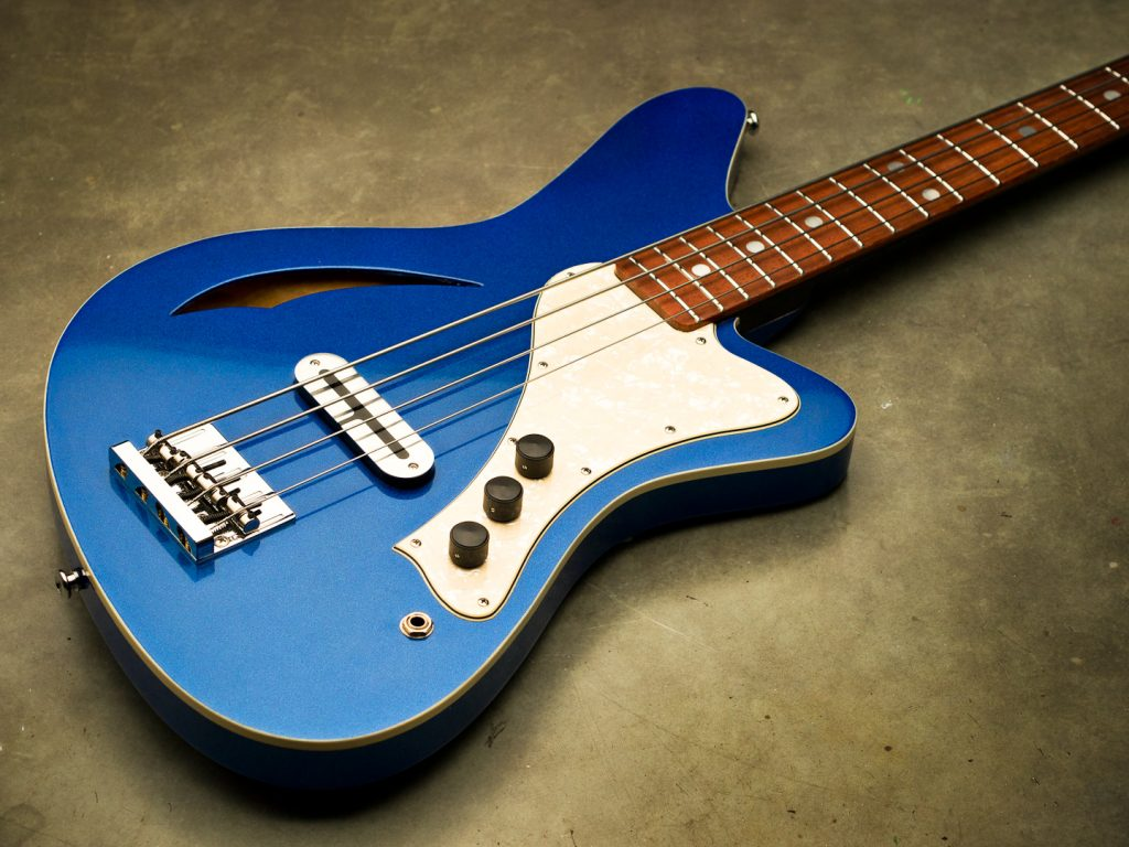 Sirena Modelo Uno in Metallic Blue