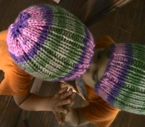 twin_hats_pink