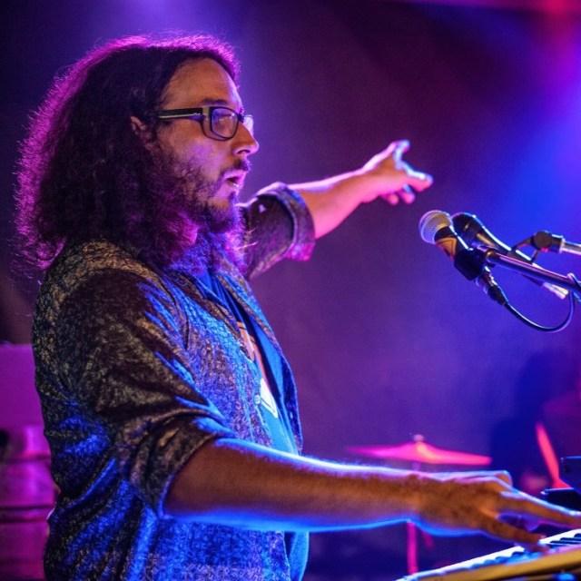 Honza Shanny Fňukal, klávesák s kapely Funky Chicken
