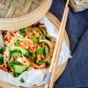 Aziatische salade met zalm