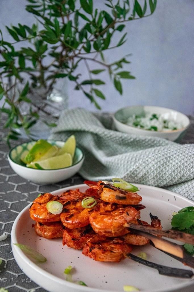 recept voor gambaspiesjes van de barbecue, heerlijk met een thaise currymarinade