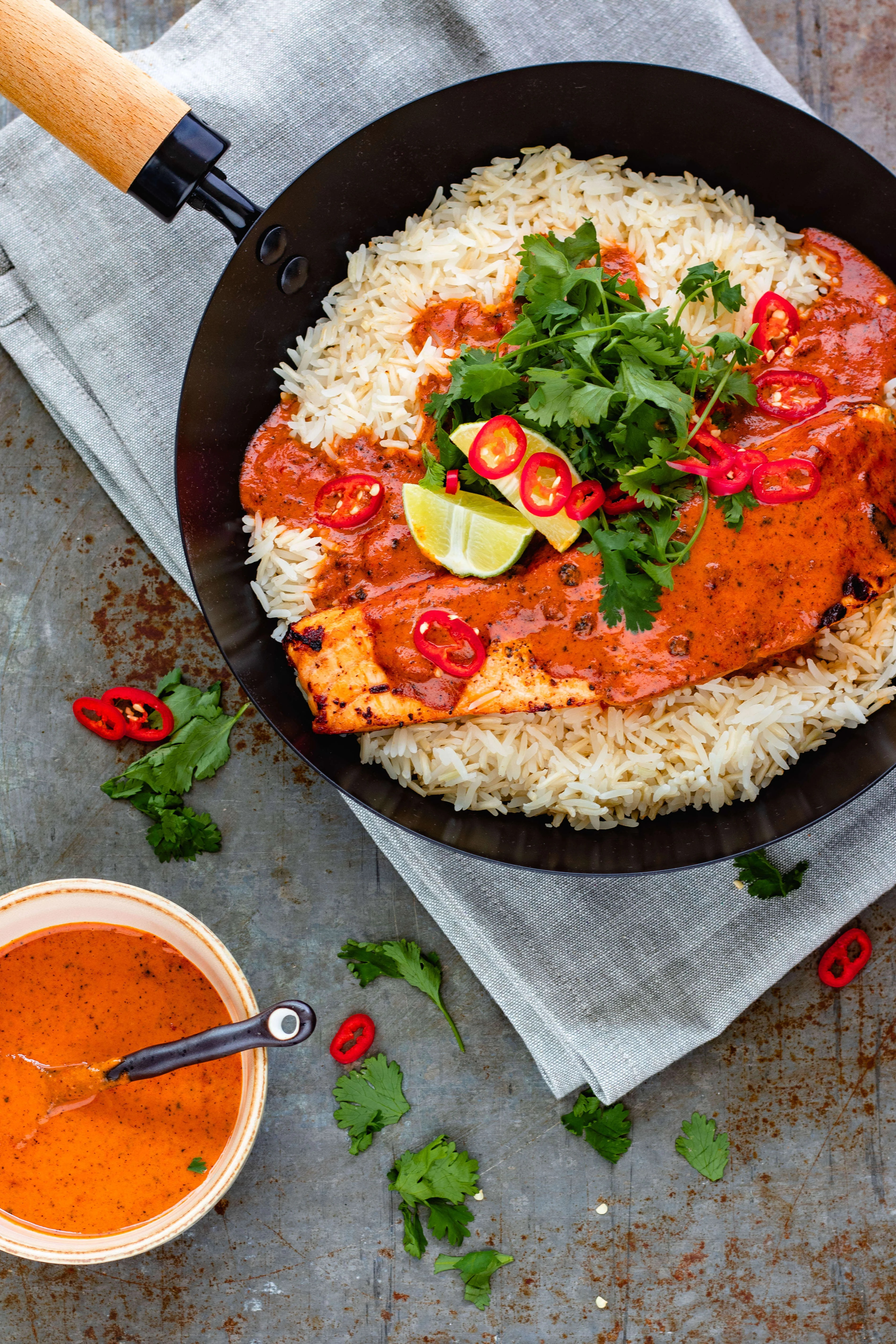 Thaise rode curry met zalm