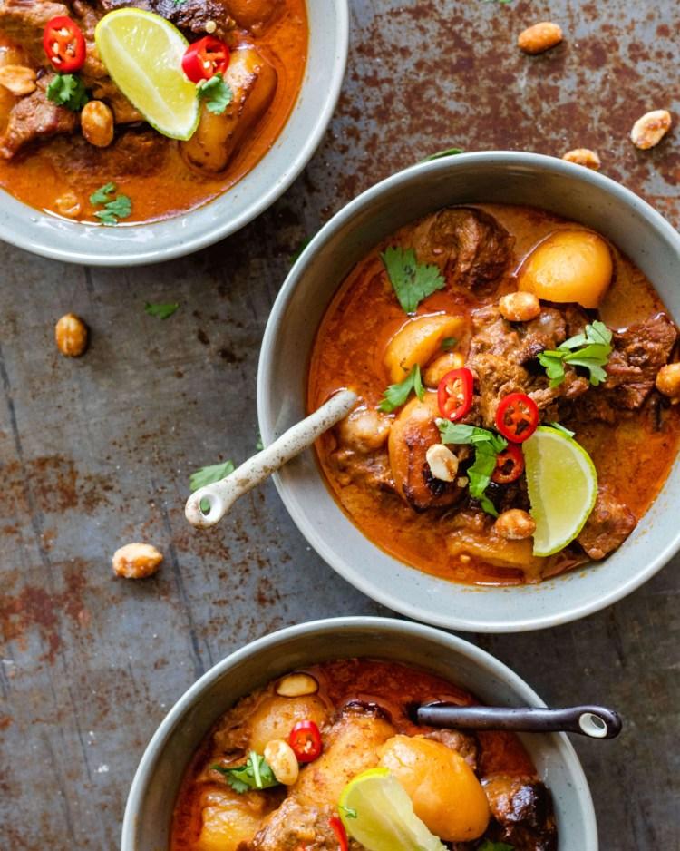 Slowcooker Massaman curry