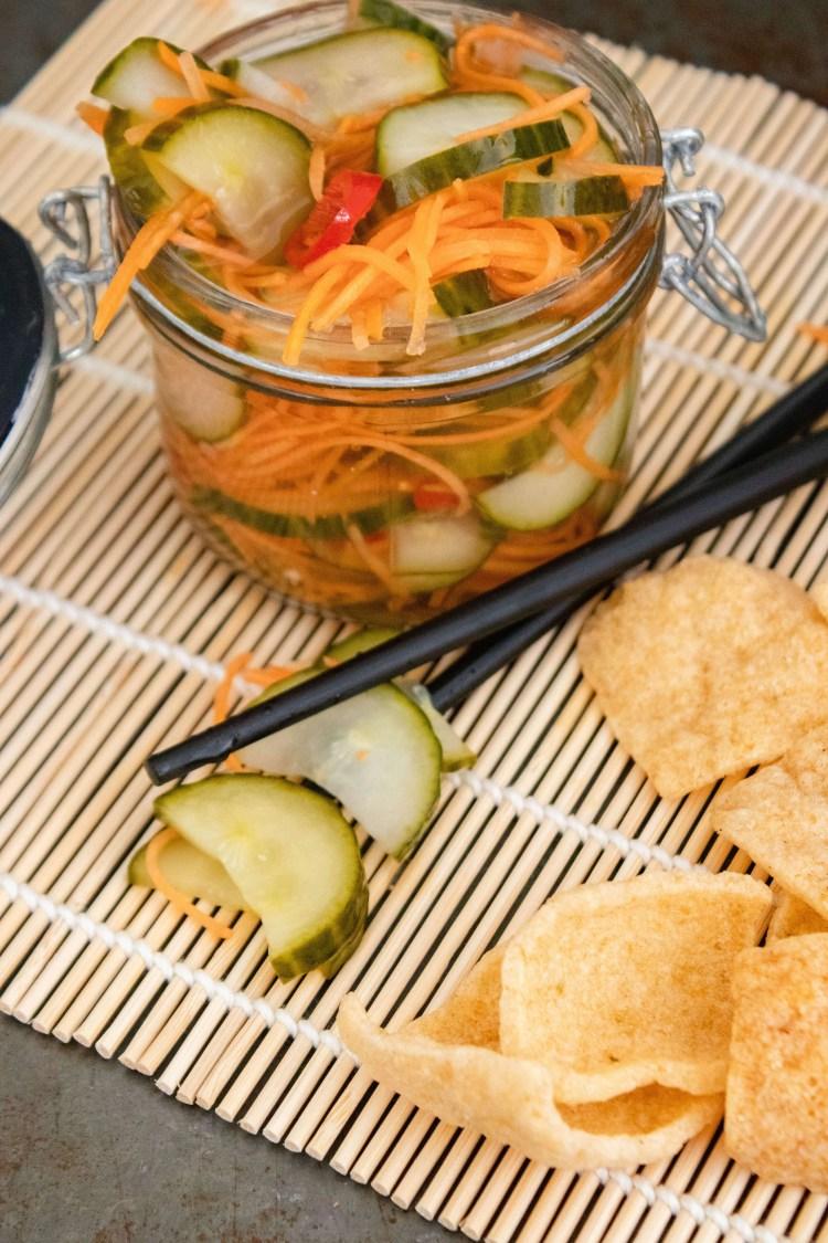Zuurgoed, komkommers in zuur