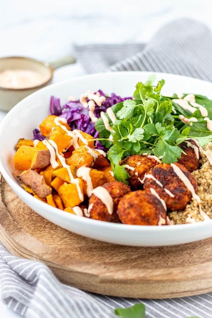 Spicy falafelbowl