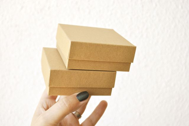 small boxes with lid
