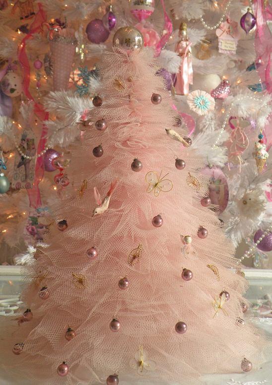 Tulle-christmas-tree