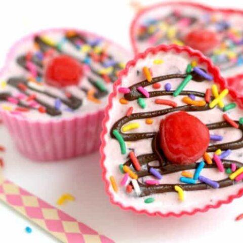 Blue Bunny® Cherry Pickin' Chocolate™ Hearts