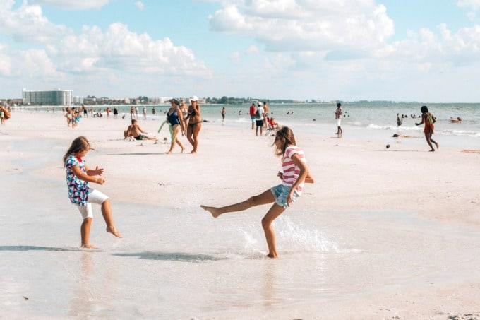 Kids in the tide pool on Siesta Key Beach