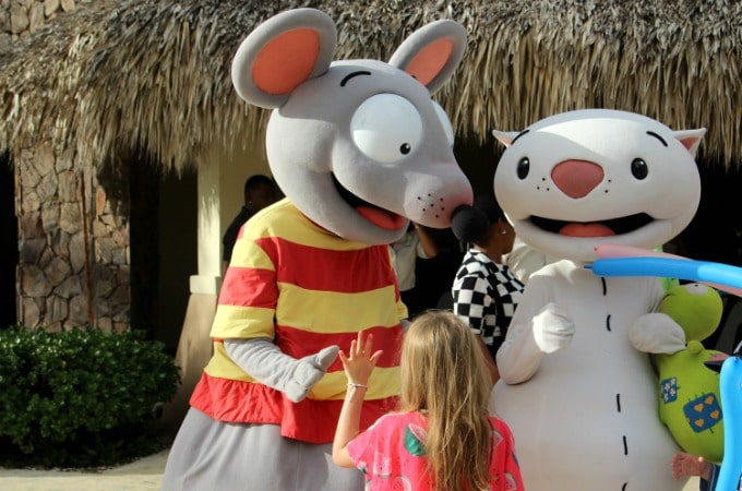 Kids will love meeting their favorite book and tv characters.
