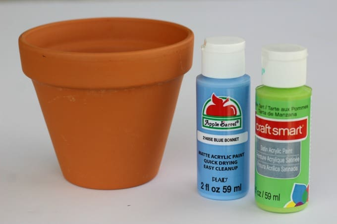 You won't need many supplies to make this flower pot painting craft.
