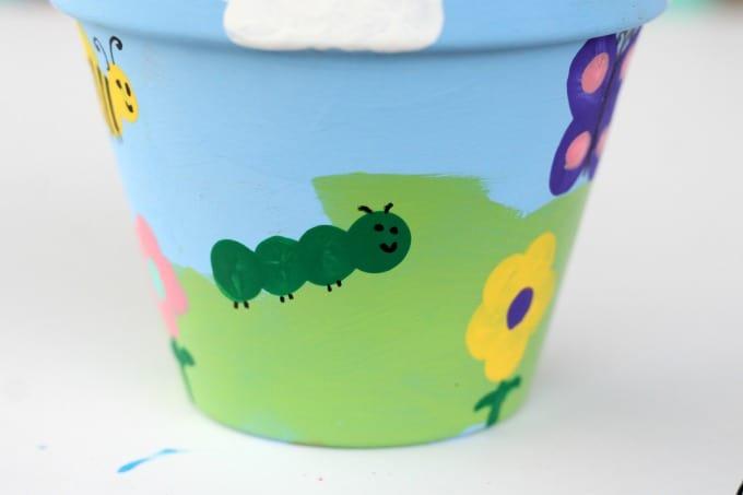 Who knew that caterpillars had antennae?