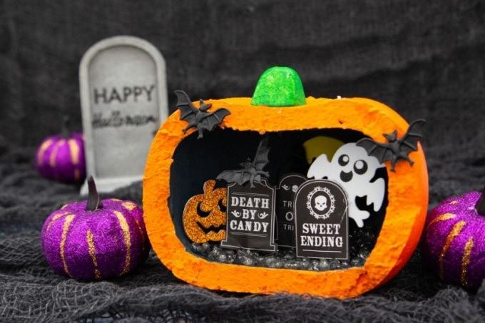 Pumpkin Diorama feature