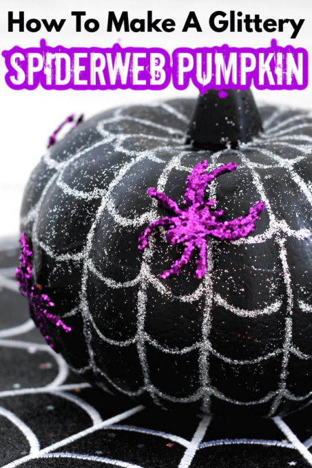 Splderweb pumpkin with purple spiders