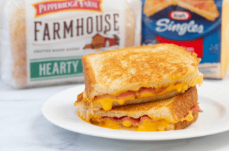 Bacon Grilled Cheese feature