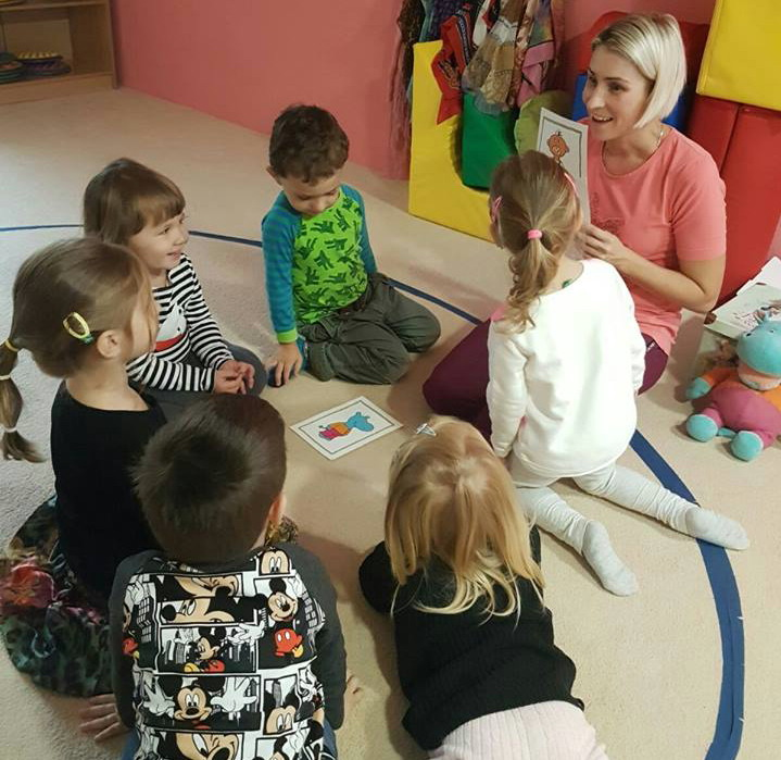English courses for kids from the age of 22 months