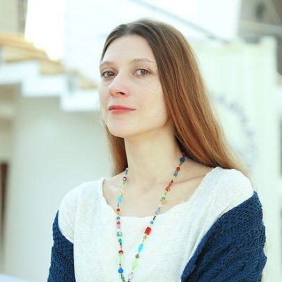 Алёна Смирницкая