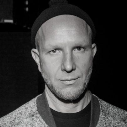 Петр Волков