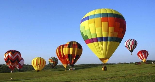 Η κάποια μέρα, δεν αφήνει το αερόστατο μας να πετάξει.