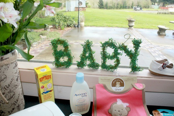 Bird-Themed Baby Shower Game Table
