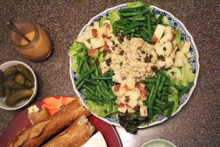 Salad top