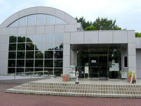 「稲毛民間航空記念館」の正面入口