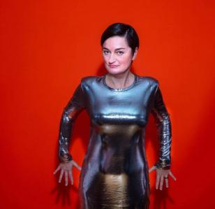 Zoe Lyons: Entry Level Human – Interview