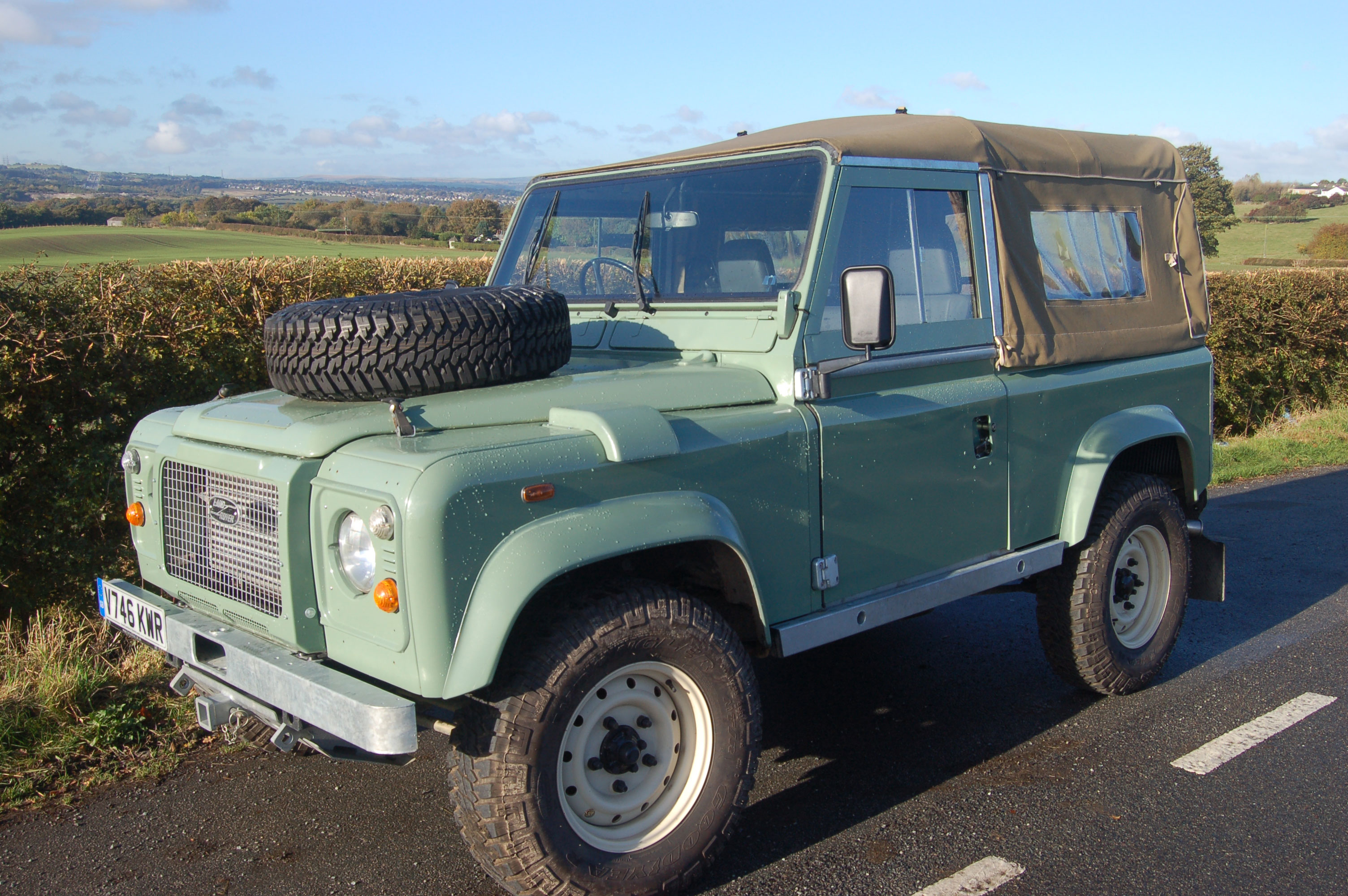 Land Rover Defender 90 Tribute for Sale