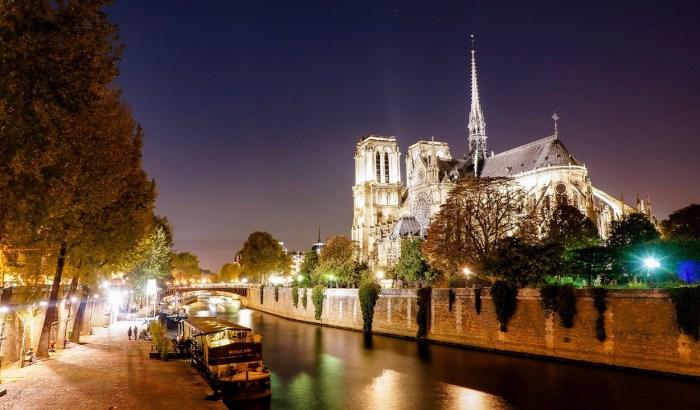 Cathédrale Notre-Dame de Paris Catholic cathedral known as Notre-Dame