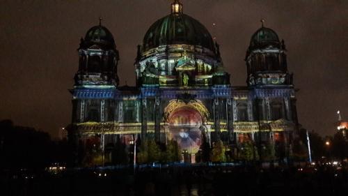 k-Berliner Dom beleuchtet beim Festival Of Lights (19)